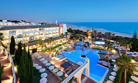 Top 10 budget beach hotels in andaluc a spain part two - Hotels in madrid spain with swimming pool ...