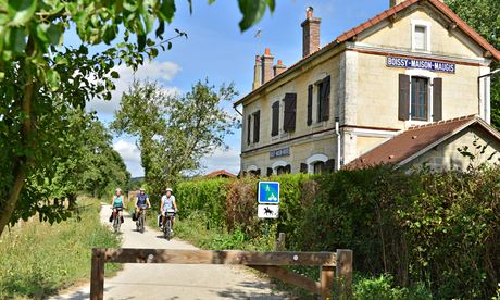 A family cycling holiday in Normandy: flat, easy and the trail all to ourselves