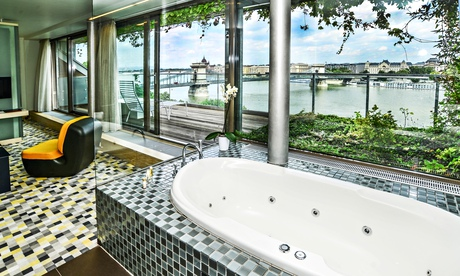 10 of the best budget hotels in budapest travel the for Lanchid 19 design hotel