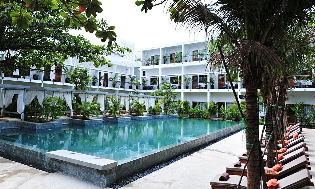Top 10 hotels hostels and b bs in phnom penh cambodia for Best boutique hotels phnom penh
