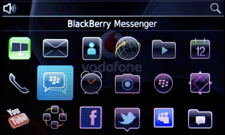 Rogue BlackBerry Messenger app delays official iOS and Android release