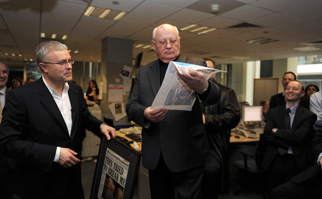 In pictures: Mikhael Gorbachev visits the London Evening ...