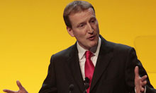 Scottish Liberal Democrat leader Tavish Scott speaks at party conference