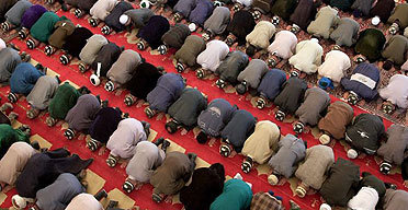 Tajik Muslims praying