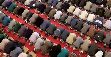 Tajik Muslims praying