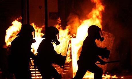 В Афинах в понедельник произошли столкновения, они сопровождали...