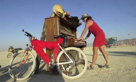 Bike blog : Cycling to music festival :Burning Man Festival