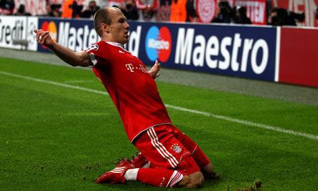 Arjen-Robben-celebrates-001.jpg
