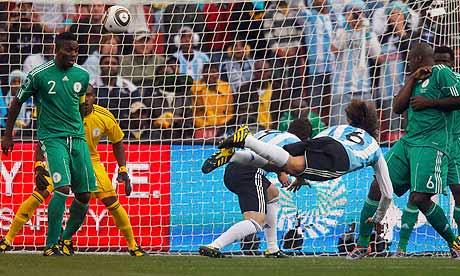 """Résultat de recherche d'images pour """"argentine nigeria mondial 2010 heinze"""""""