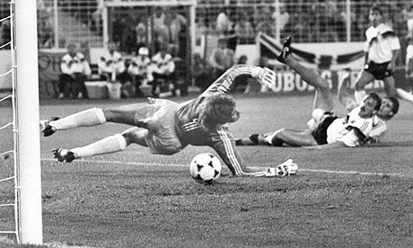 Van Basten defeats Germany in 1988