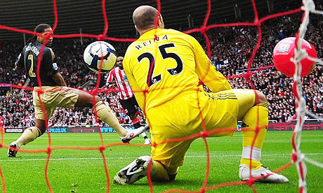 Reina and his two balls