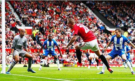 Manchester United's Alexander Büttner