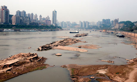 China crisis over Yangtze river drought forces drastic dam ...
