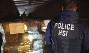 US discovers huge hi-tech Mexican drug-smuggling tunnel