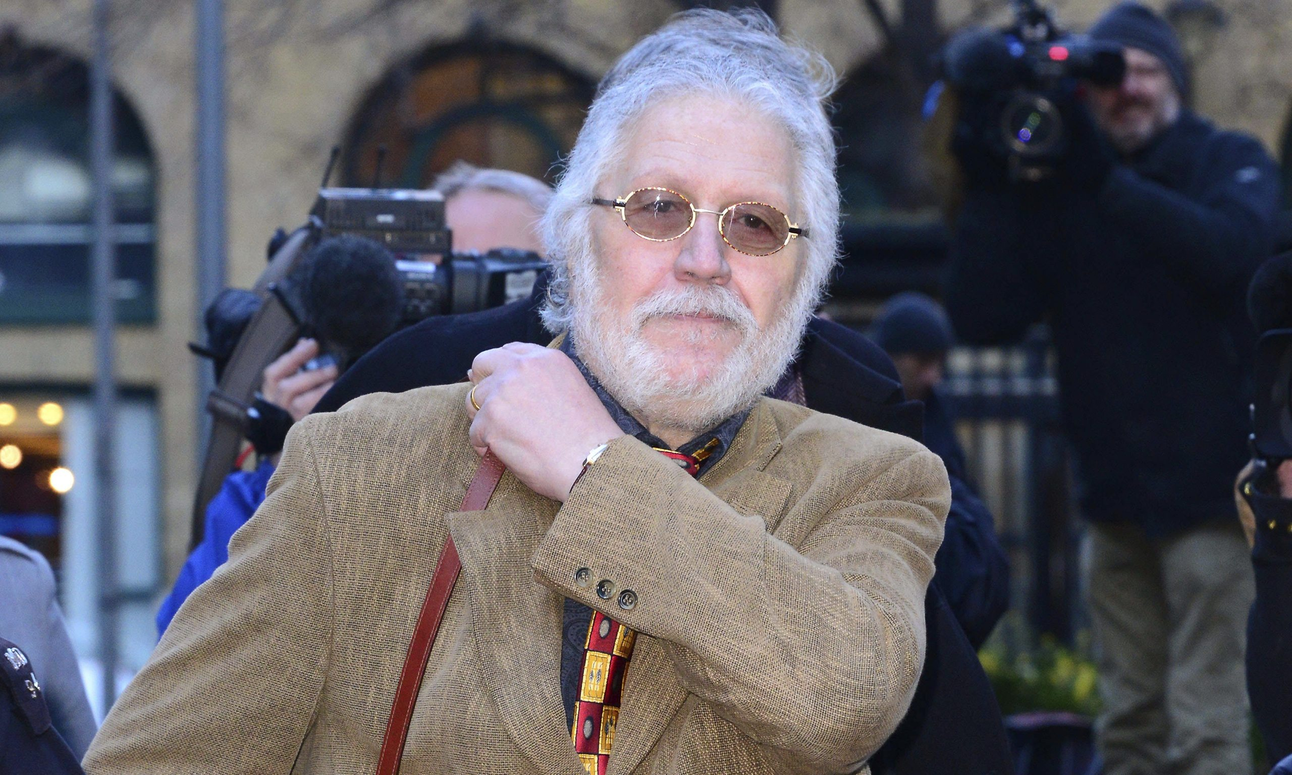Dave Lee Travis used fame to target vulnerable young women ...