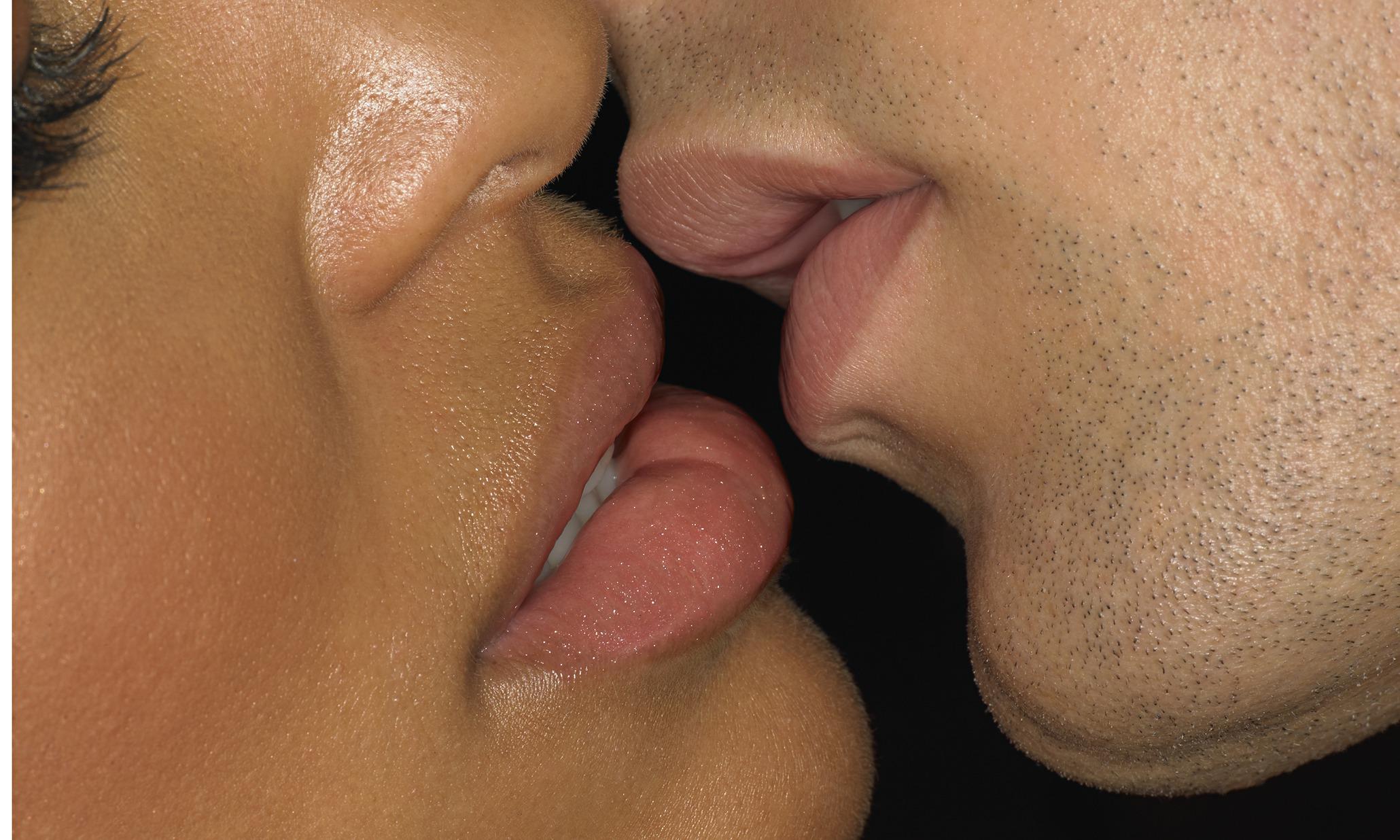 Kissing Womans Breats 81