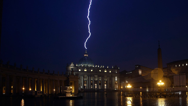 Lighting-at-Vatican-012.jpg (640×360)