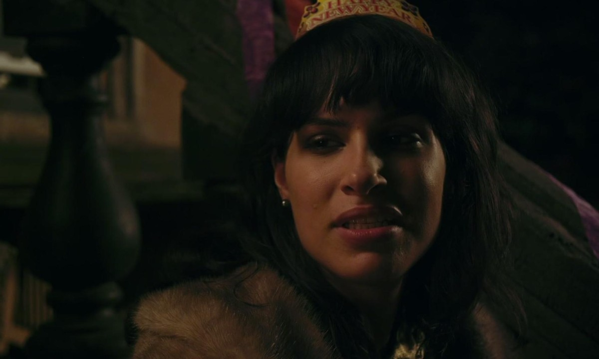 desiree akhavan on appropriate behaviour and not being the 'iranian