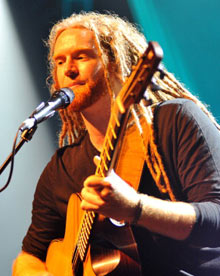 Sony: Newton Faulkner Performs At Shepherds Bush Empire In London