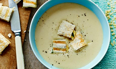 Cuisinart: White Onion Soup with cider, creme fraiche and Gruyere toastie croutons