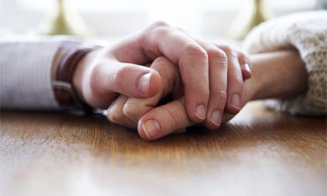 Partnervermittlung hand in hand