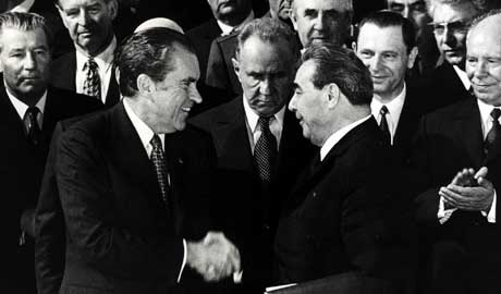 nixon and brezhnev relationship marketing