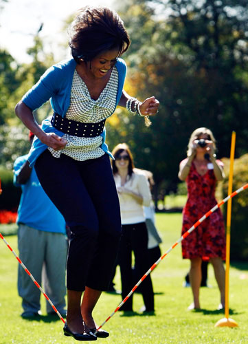 Michelle-Obama-jumps-rope-009.jpg