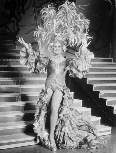 re: The Legendary Danny La Rue Takes last Bow.