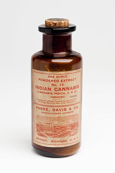 Медицинская марихуана, производившаяся компанией Parke, Davis and Co (Детройт, США)