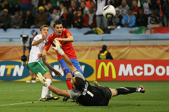 sport: Spain v Portugal: 2010 FIFA World Cup - Round of Sixteen