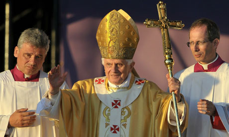 http://static.guim.co.uk/sys-images/Guardian/Pix/pictures/2010/9/16/1284663843267/Pope-Benedict-XVI-006.jpg