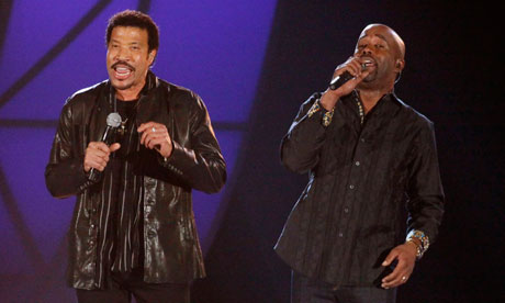 Lionel Richie and Darius Rucker perform