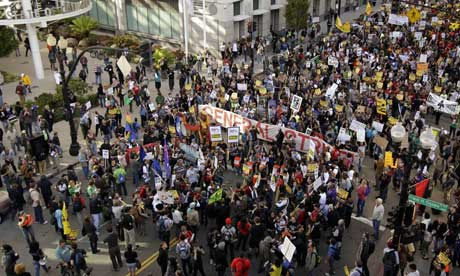 Occupy Oakland protesters rally in front of the State of California building