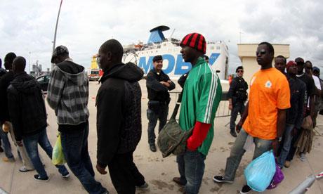 [Image: African-immigrants-arrive-007.jpg]