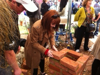 Janet Murray from the Guardian tries bricklaying