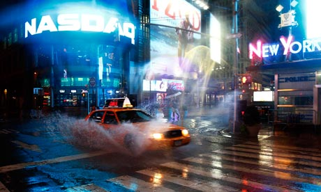 Hurricane Irene: taxi on 42nd Street