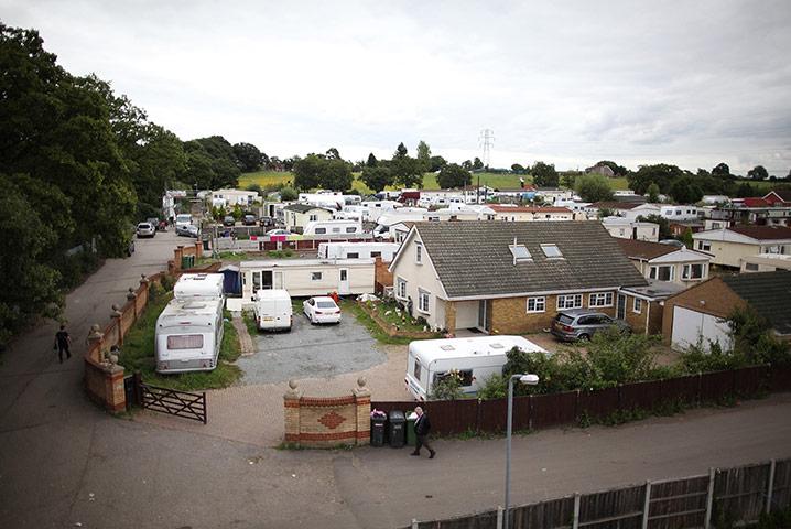 Dale Farm: 30 August 2011: Caravans and mobile homes