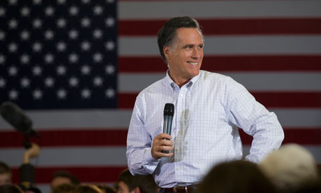 Mitt Romney in Des Moines Before Iowa Caucus