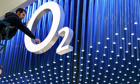o2 blames ericsson after network failure business the guardian. Black Bedroom Furniture Sets. Home Design Ideas