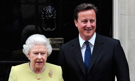 Queen-and-David-Cameron-009.jpg