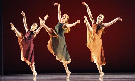 ballet dancers on stage - photo #9
