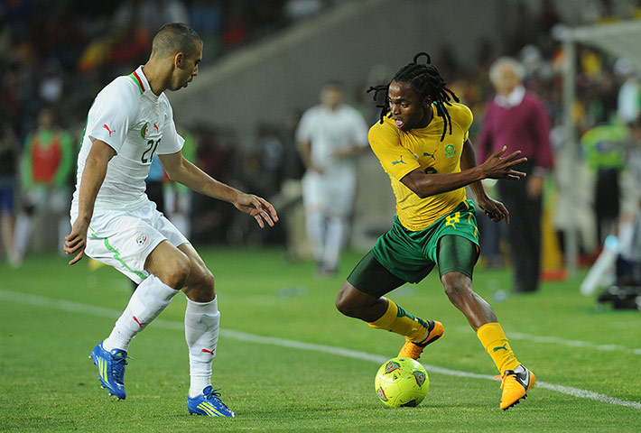 African Nations: South Africa's Siphiwe Tshabalala takes on Algeria's Saad Tediar