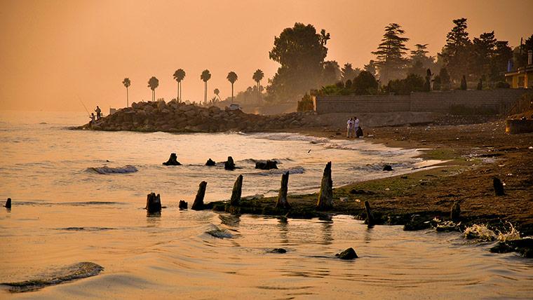 Sunset Beach at Ramsar on 012 زیباترین مناظر دیدنی ایران از نگاه سایت خارجی گاردین + عکس