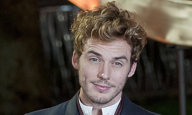 http://static.guim.co.uk/sys-images/Guardian/Pix/pictures/2013/11/15/1384527983536/Sam-Claflin-suffering-fro-010.jpg