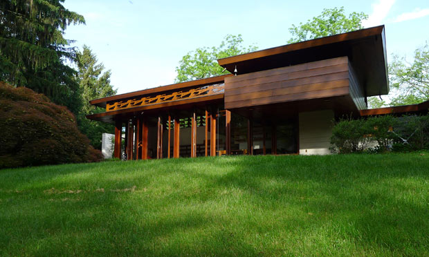 Frank lloyd wright house for sale if you can get it home - Frank lloyd wright style ...