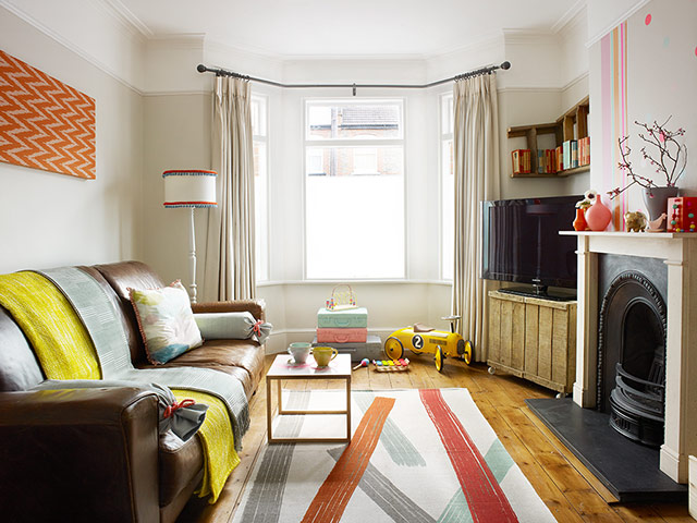 Homes Budget Front Room Makeover In Pictures Life And