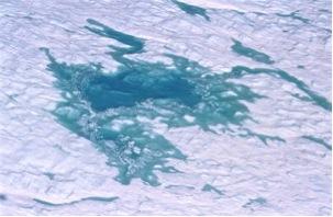 Ice sheet melt pond – John Maurer NSIDC
