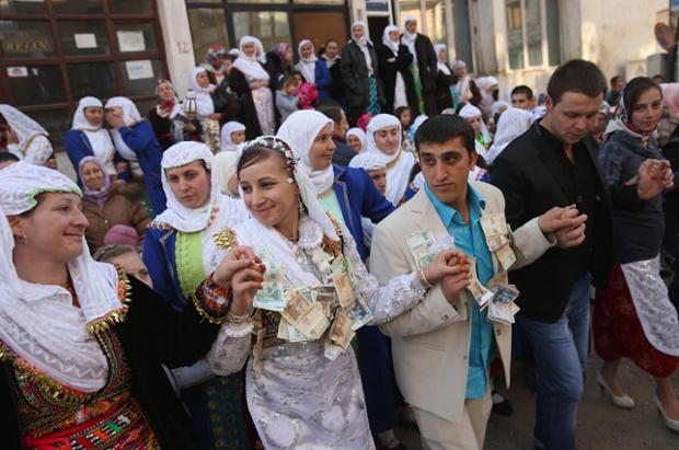 The Bulgarian Tradition Bride 45