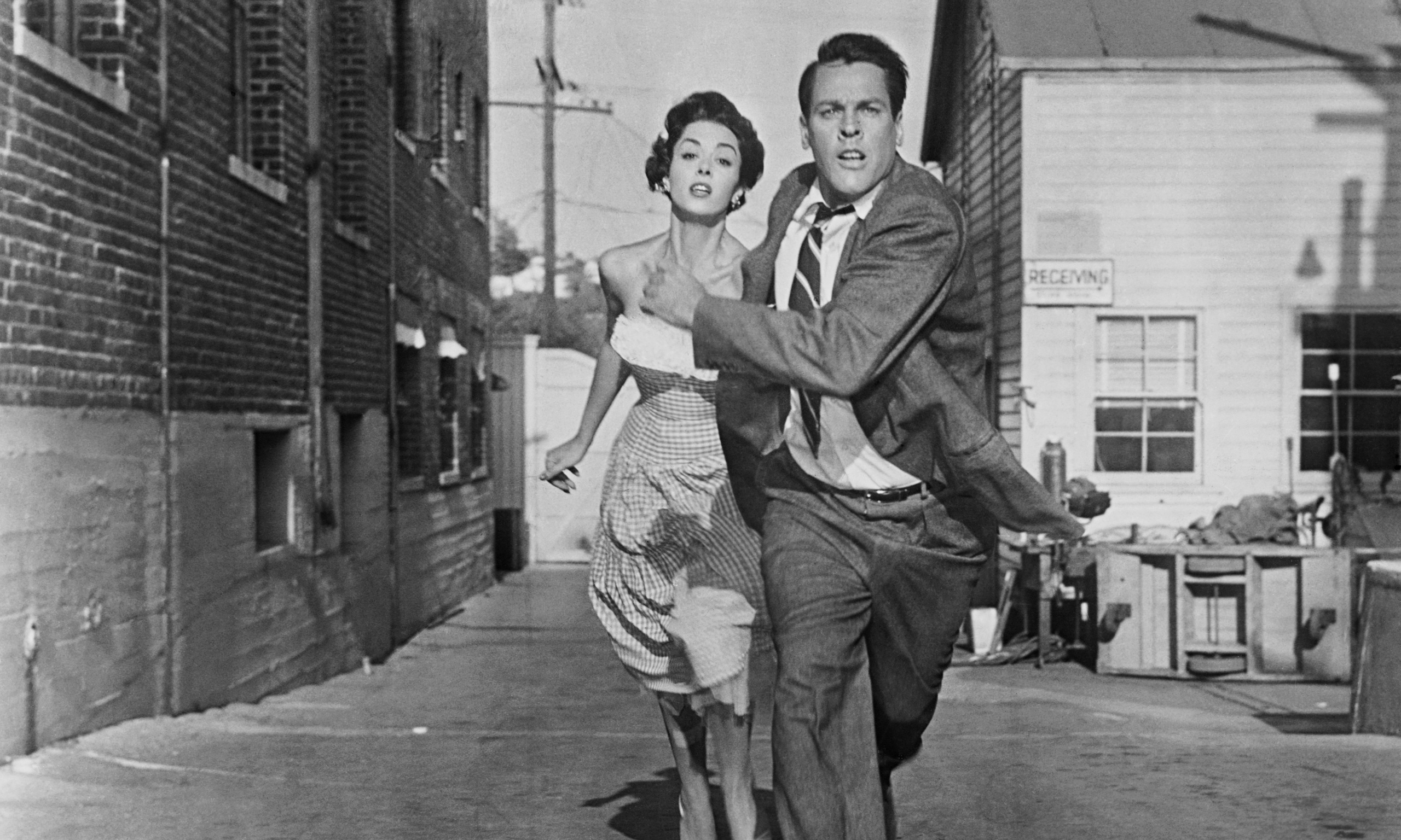 Invasion of the Body Snatchers review – 'taut direction ...