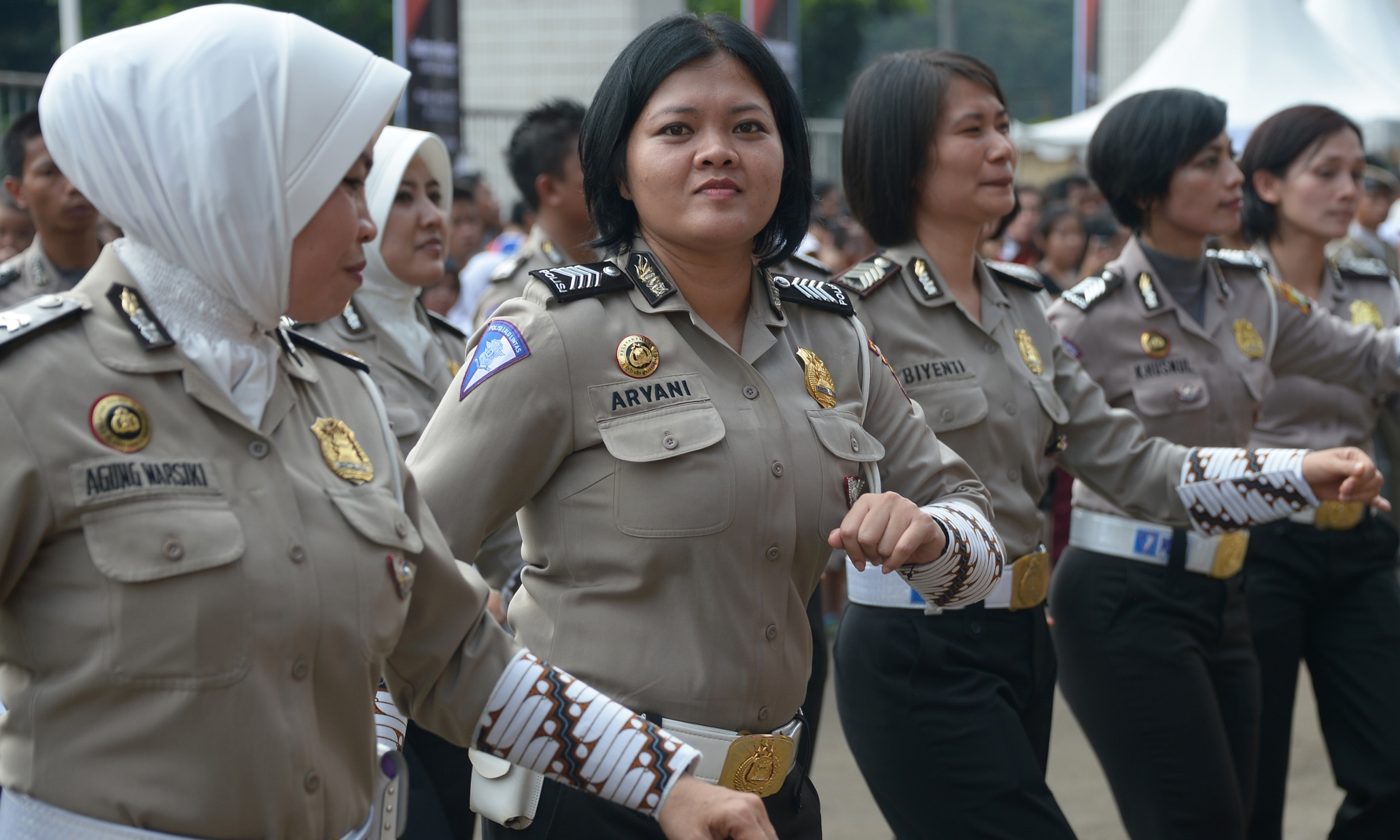 indonesian woman police naked